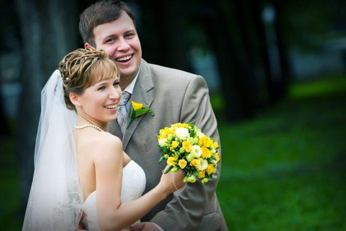 Ведущая на свадьбу в Ярославле Анна Шанель фото Ксении и Антона