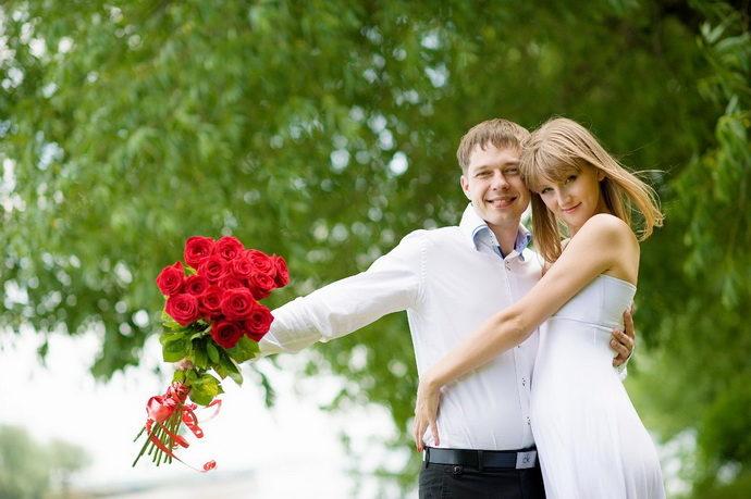Ведущая на свадьбу в Ярославле Анна Шанель фото Ивана и Татьяны