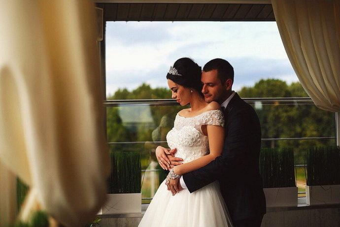 Ведущая на свадьбу в Ярославле Анна Шанель  фото Николая и Анастасии