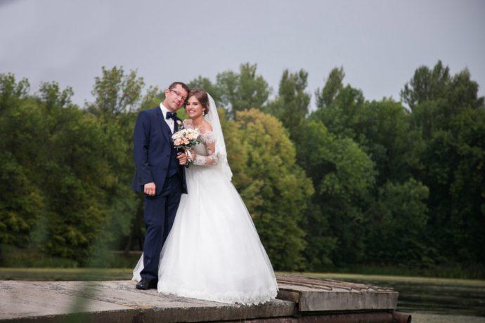 Ведущая на свадьбу в Ярославле Анна Шанель фото Игоря и Валентины
