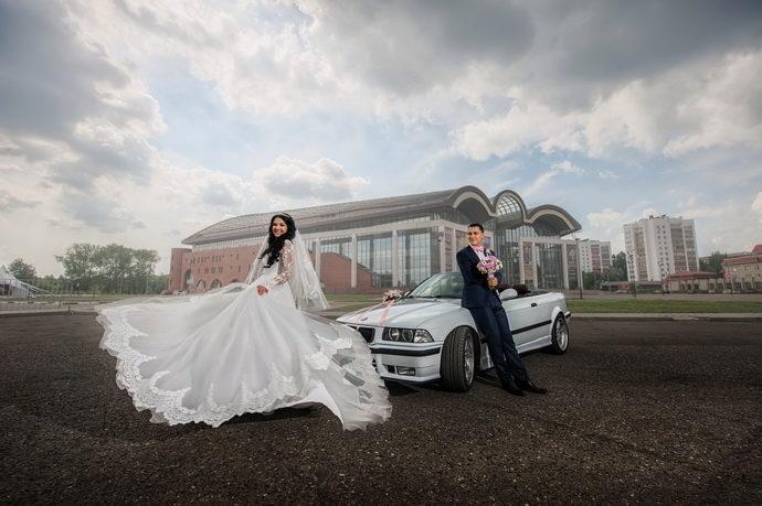Ведущая на свадьбу в Ярославле Анна Шанель фото Дмитрия и Натальи