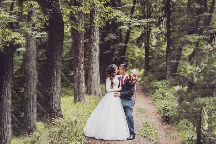 Ведущая на свадьбу в Ярославле Анна Шанель фото Екатерины и Сергея